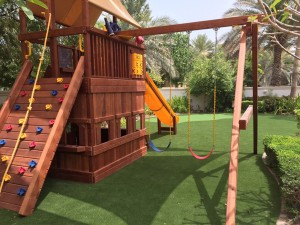 Benefits of having artificial grass for kids