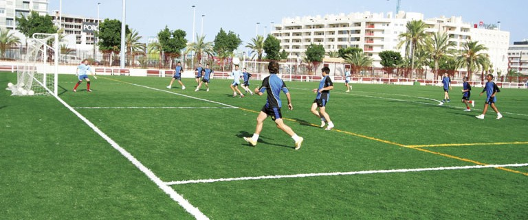 Synthetic Grass for sports in Dubai