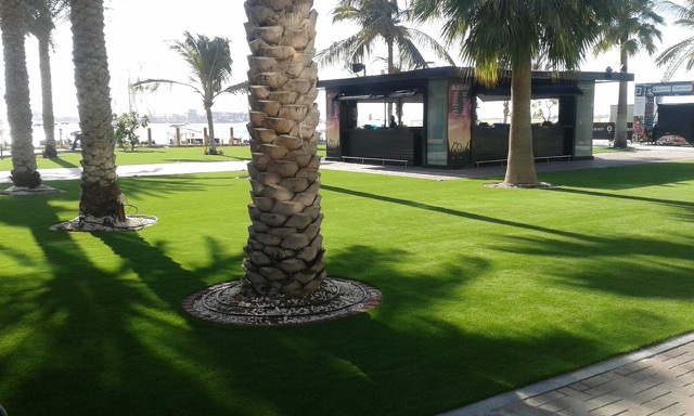 Zero Gravity Fake Turf Installation in Dubai Marina