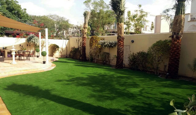fake grass examples in arabian ranches dubai uae