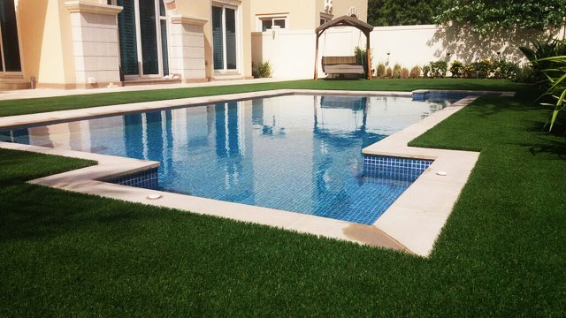artificial grass for swimming-pools