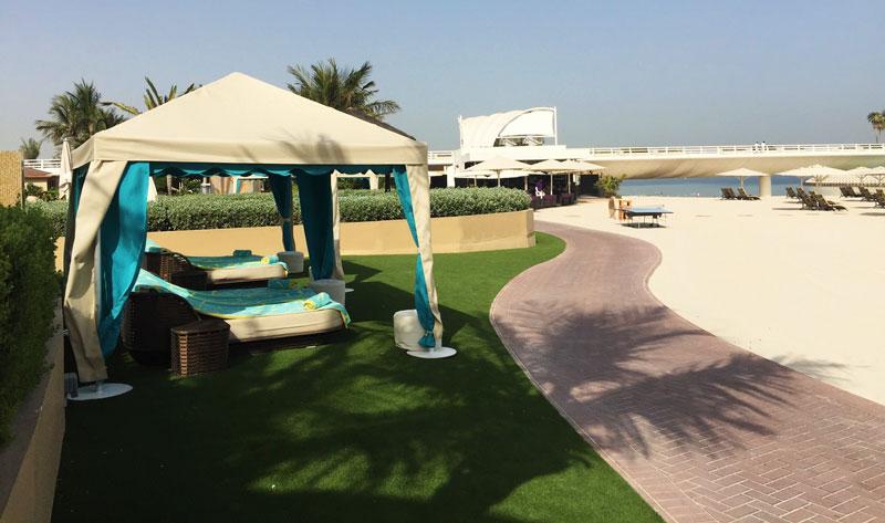 fake grass for hotels dubai