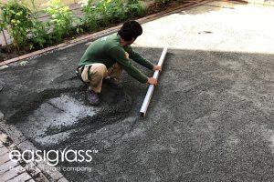 installing artificial grass step 11