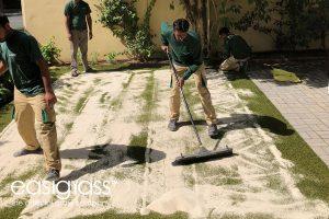 installing artificial grass step 14