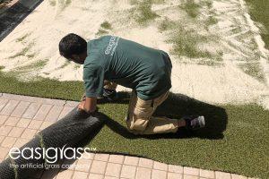 installing artificial grass step 15