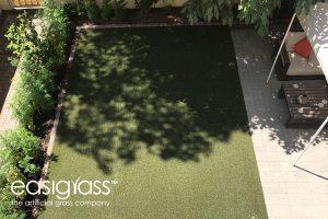 installing artificial grass step 20