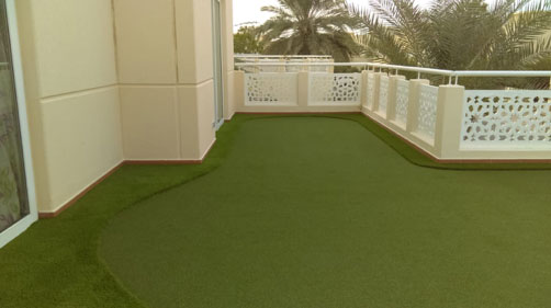 artificial grass balcony by Easigrass